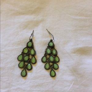 urban outfitters gold chandelier earrings
